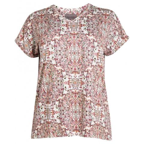 NIKITA T-Shirt